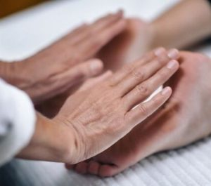 Reiki Hand Positions 8
