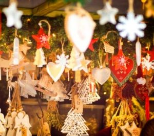 Selling At A Christmas Market - Decorations